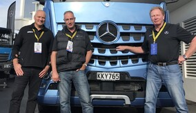 MERCEDES-BENZ SPECIALIST TEAM